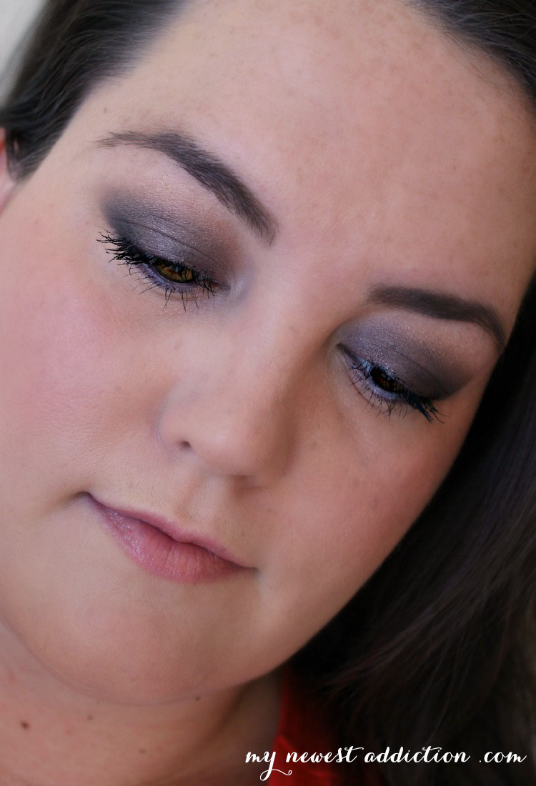 alter ego smoky eye it cosmetics naturally pretty