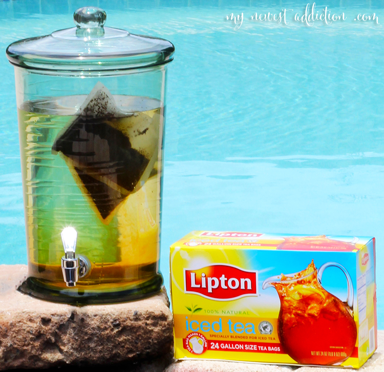 That looks absolutely AMAZING! I am obsessed with Sun Tea, my mom used ...