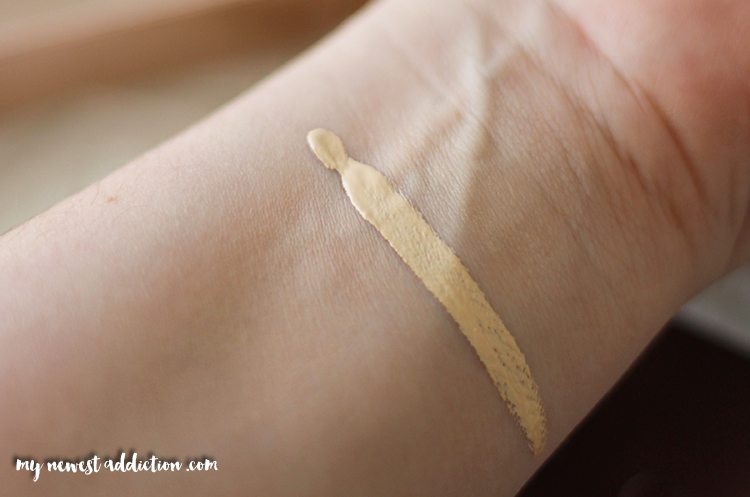 Urban Decay Naked Skin Conealer Swatch