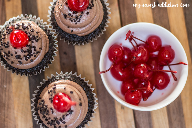 Dr Pepper® Cherry Cupcakes