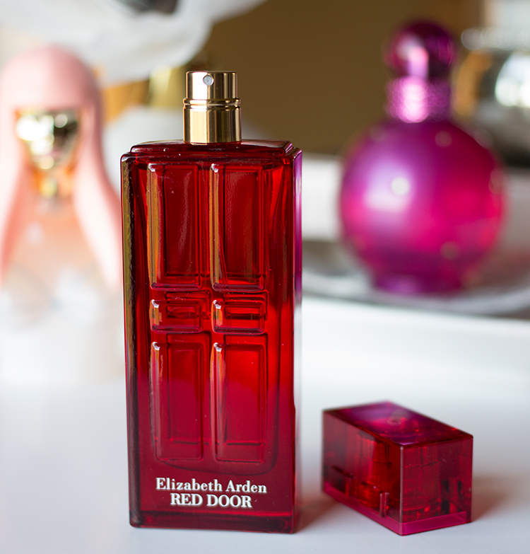 The Gift of Fragrance | Elizabeth Arden Red Door