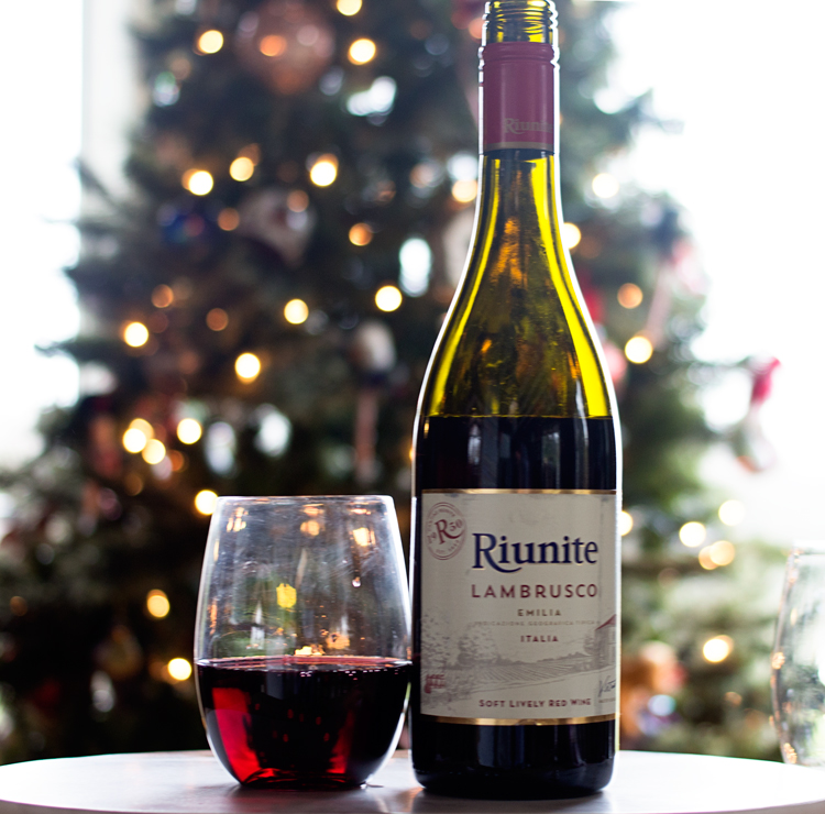5 Reasons To Have Wine On Hand During The Holidays