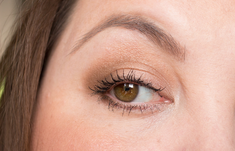 Viseart Theory Palette in Cashmere Eye Look