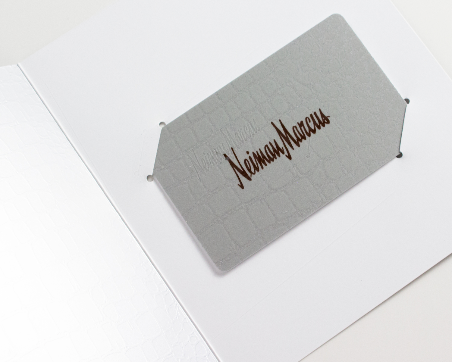 Popsugar Must Have + Neiman Marcus 2017 Box | Gift Card